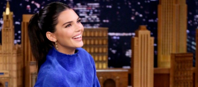 Kendall Jenner fala sobre Hailey Baldwin e seu noivado com Justin Bieber no The Tonight Show