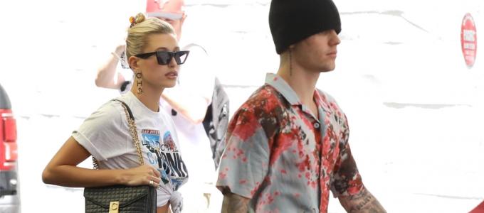 FOTOS & VÍDEO: Hailey e Justin Bieber vão a dermatologista em Beverly Hills